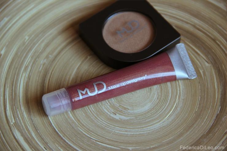 Mud-Lip-glaze-magnolia